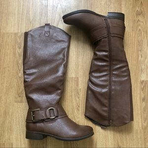 Unr8ed womens boots.